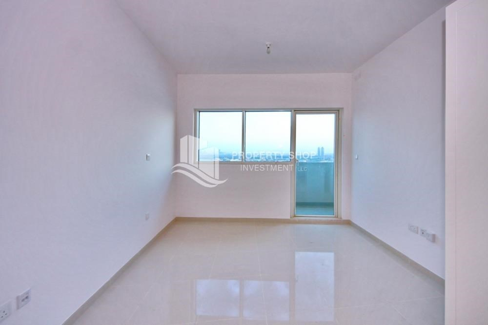 Bedroom - Furnished Apt in Mid Floor w/ Marina View