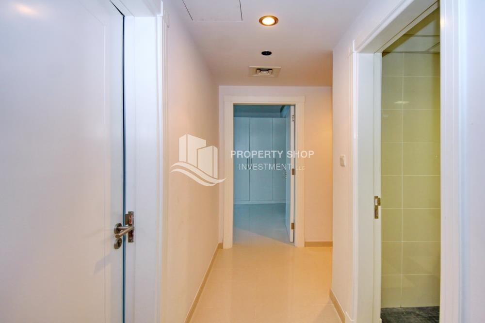 Corridor - Furnished Apt in Mid Floor w/ Marina View
