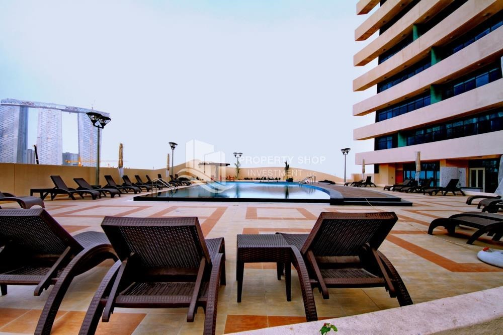 Facilities - Furnished Apt in Mid Floor w/ Marina View