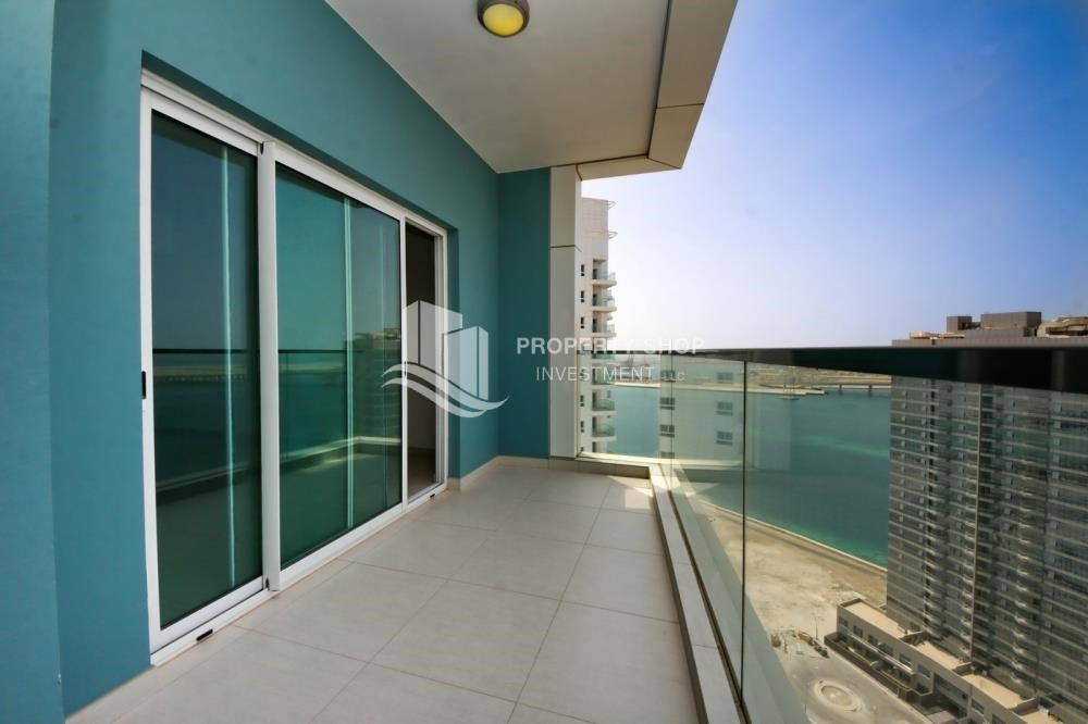 Balcony - Spacious Apt with amazing view