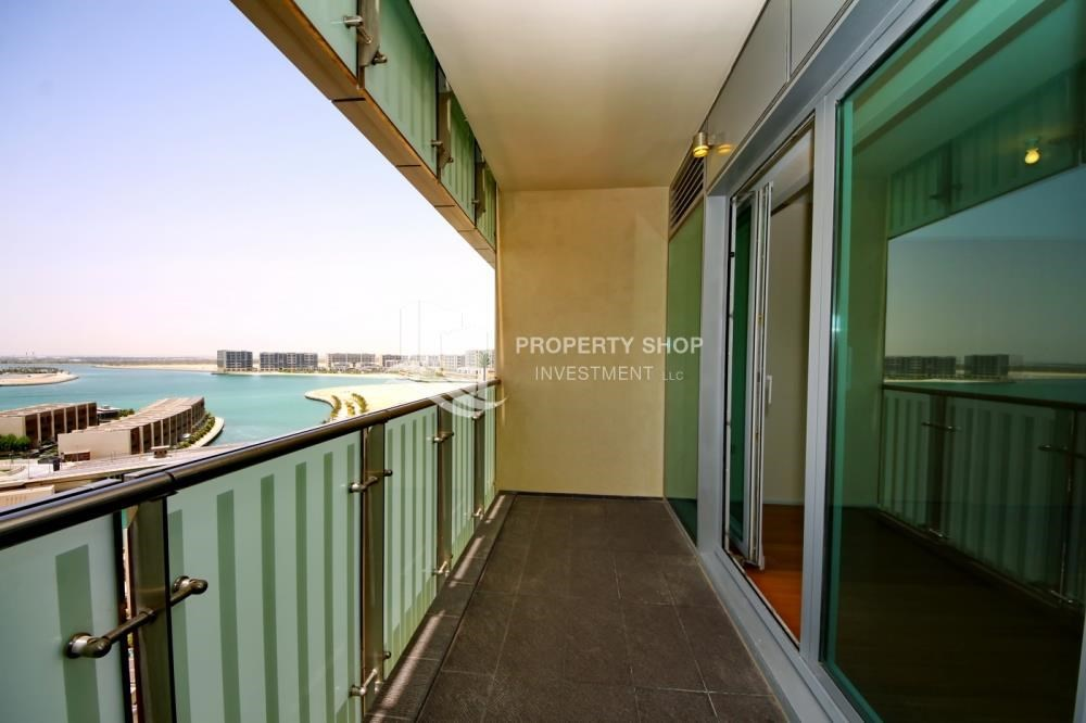 Balcony - Sea view Apt with high end amenities
