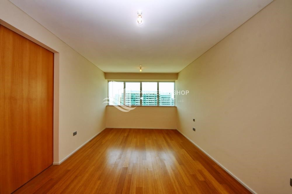 Bedroom - Sea view Apt with high end amenities
