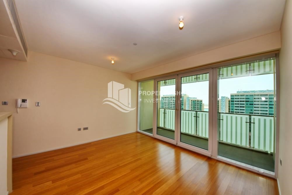 Dining Room - Sea view Apt with high end amenities