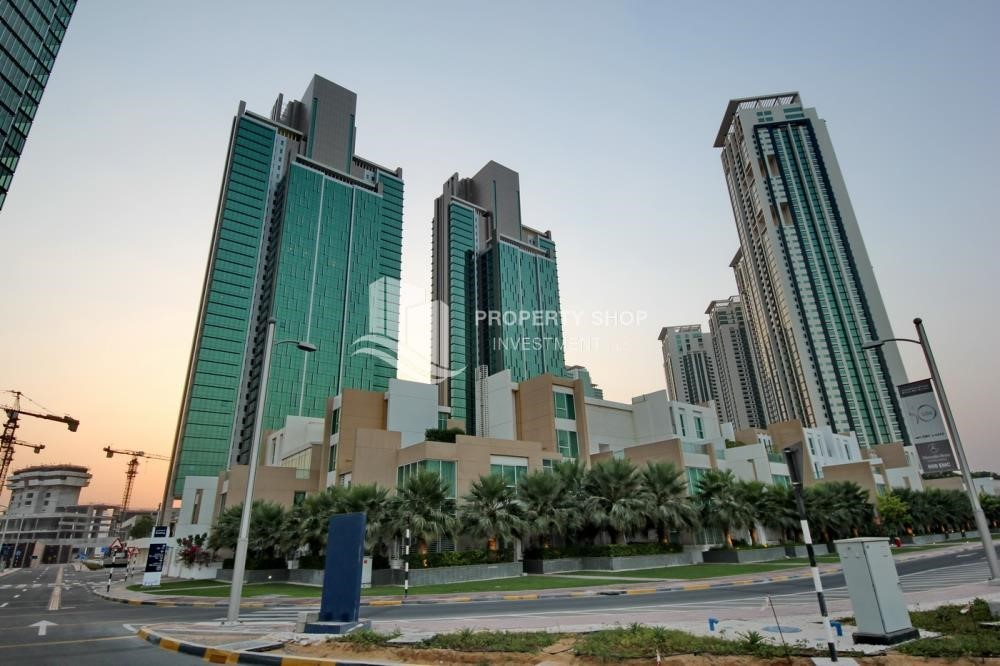 Community - Brand new tower in Al Reem Island ready to move in! Spacious bedrooms!