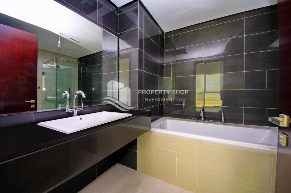 Master Bathroom - Brand new tower in Al Reem Island ready to move in! Spacious bedrooms!