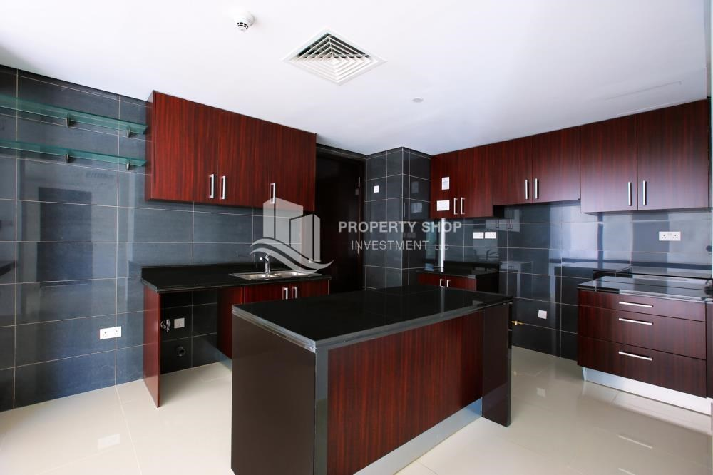 Kitchen - Spacious 3 plus 1BR Apt in Mag 5 Residence.
