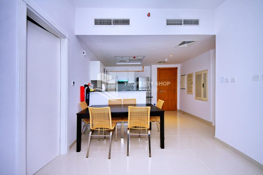 Dining Room - Spacious 1BR with balcony and sea view.