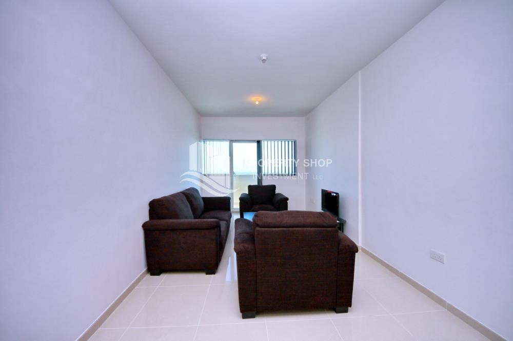 Living Room - Spacious 1BR with balcony and sea view.