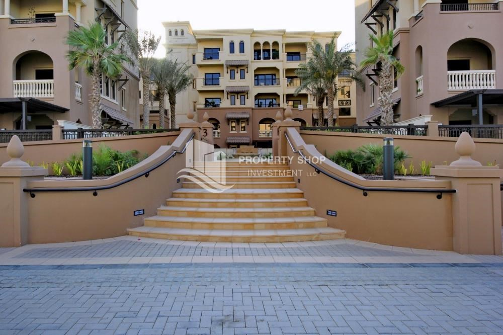 Community - Beautiful and unique living spaces in Saadiyat Beach Residences, 1BR Apt Available for rent! Zero Commission!