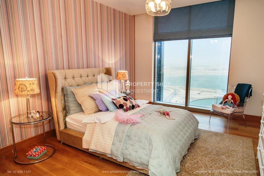 Bedroom - Luxurious 4br plus maids room penthouse in Gate Tower 2. for sale