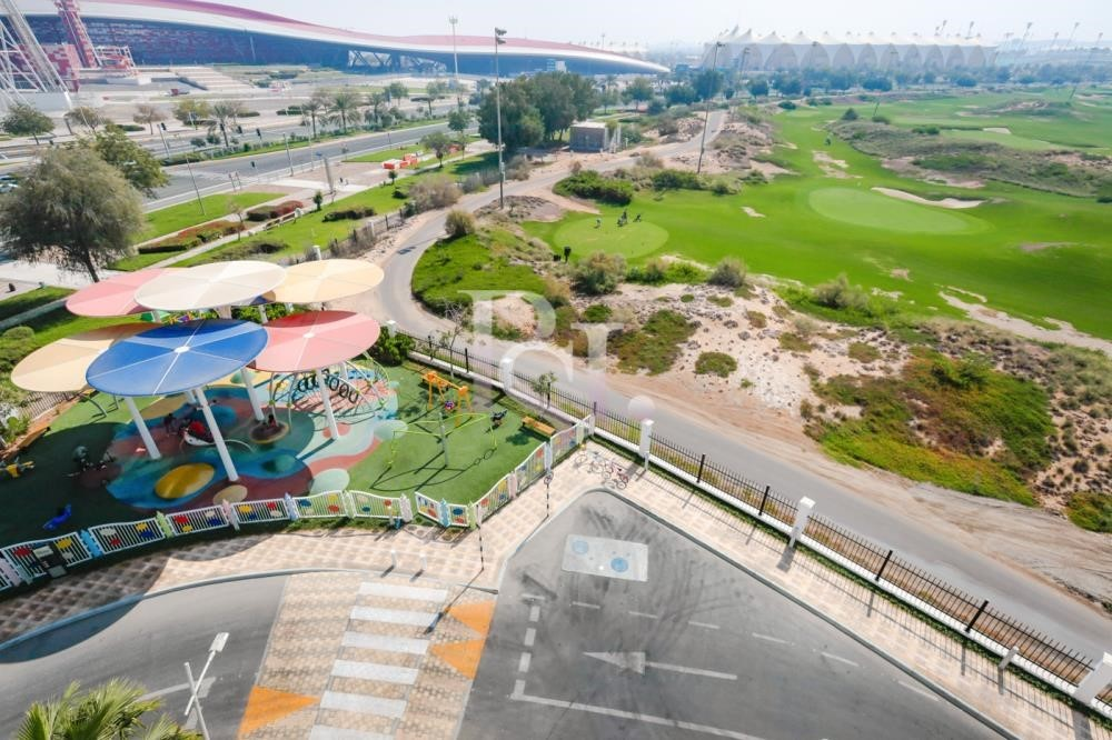 Community - Stunning 3+Maid with Partial Golf Course & Ferrari World View