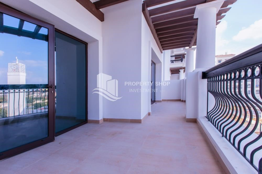 Balcony - Make You Move In☛  Brand New 3+Maid with Golf Course View!