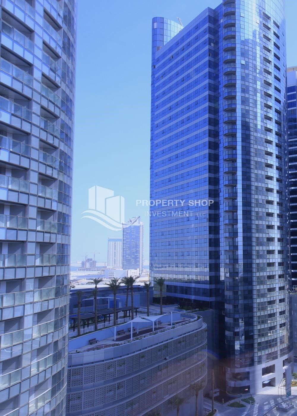 Property - Sea View Apt on High Floor with high investment returns.