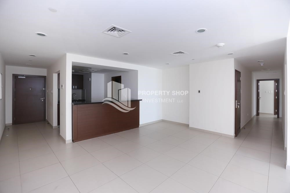Living Room - High quality interiors, High Floor, 3BHK+M apartment with Sea view, ZERO COMMISSION
