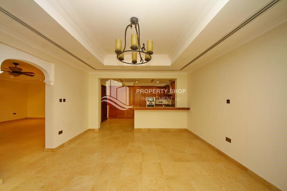Dining Room - Independent Villa With Large Terrace Overlooking Community