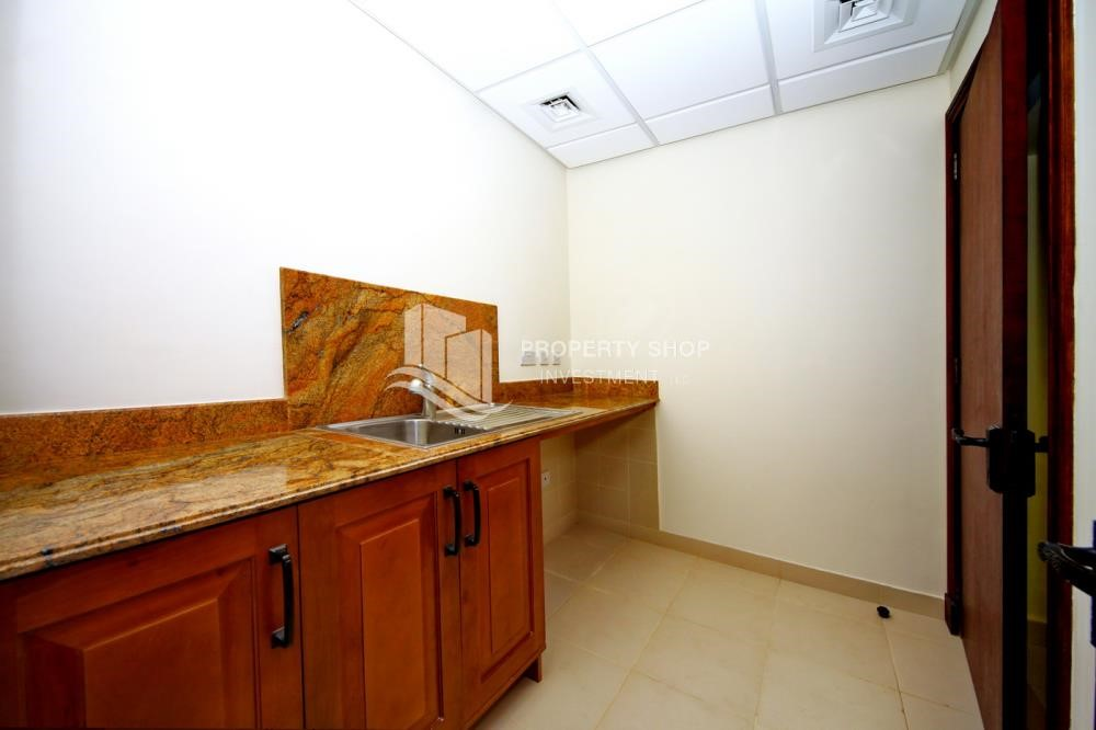 Laundry Room - Independent Villa With Large Terrace Overlooking Community