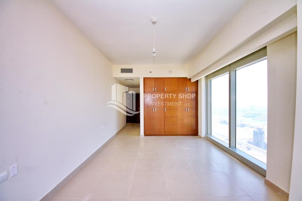 Built in Wardrobe - High floor 3+M Unit with Sea View.