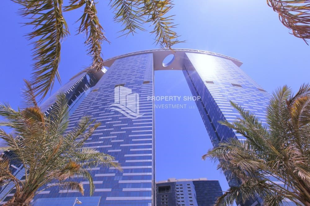 Property - High floor 3+M Unit with Sea View.
