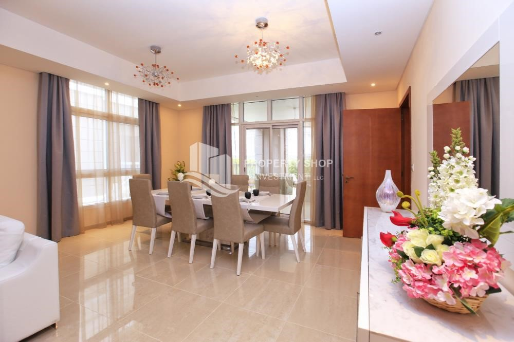 Dining Room - Stunning Villa w/ great facilities for sale