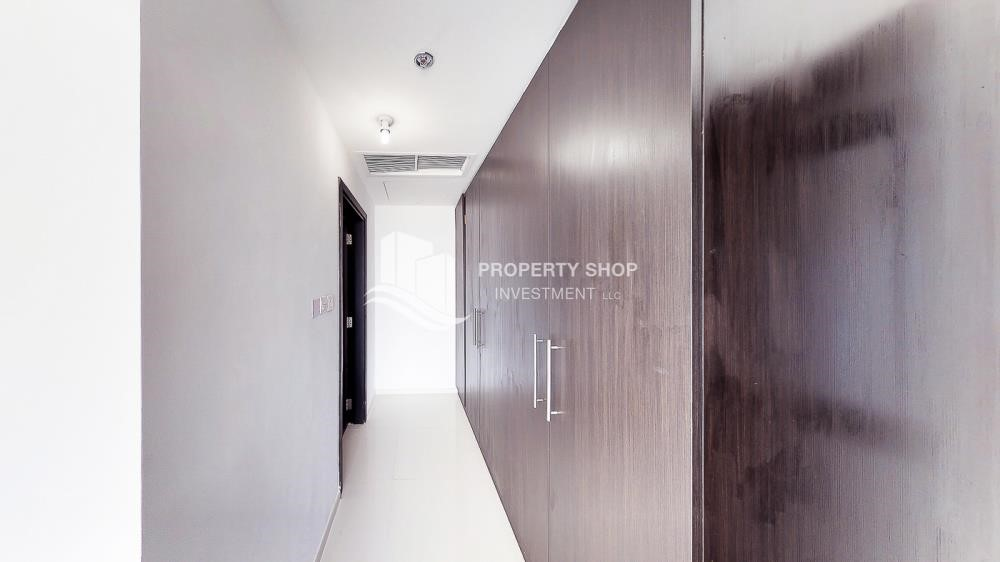 Built in Wardrobe - Horizon Towers 1 Bedroom Apartment for rent in Al Reem Island
