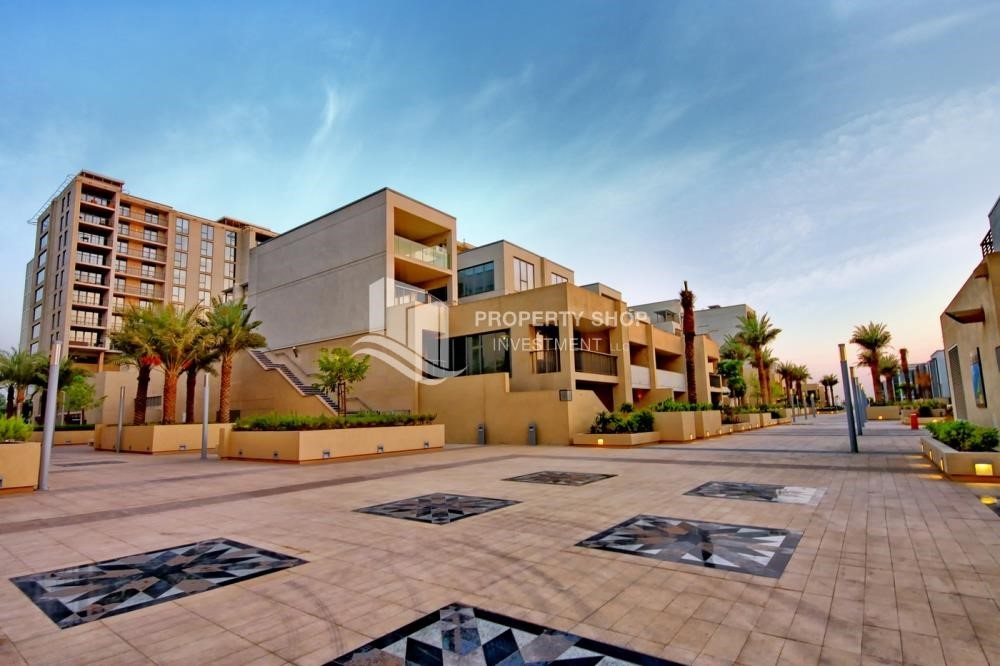 Community - Stunning 2 BR apartment for rent in al Raha Beach