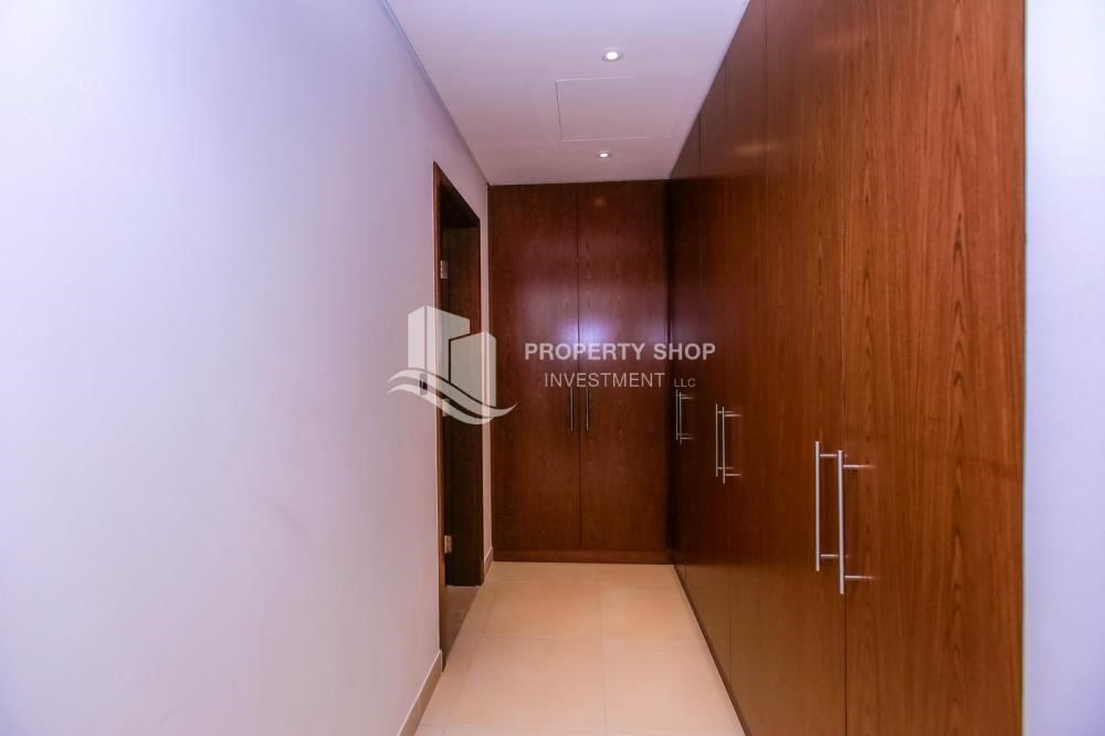 WalkIn Closet - 4BR+M with Driver's room and external landscaped garden.