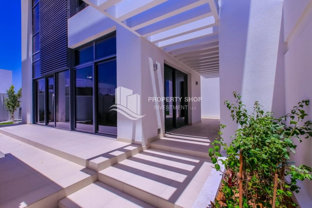 External Entrance - 4BR Villa with Great Offer for Sale