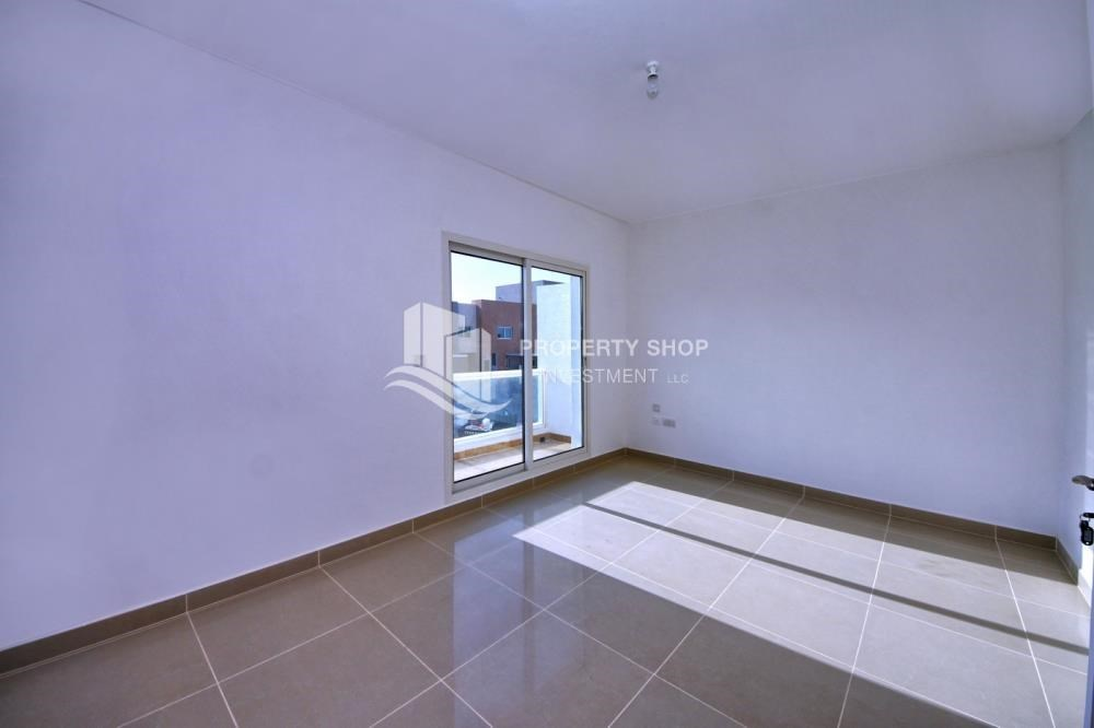 Bedroom - High End Living in a 3BR with Study Villa.
