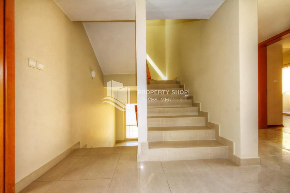 Stairs - 4 bedroom villa, Type S in Al Raha Gardens for sale