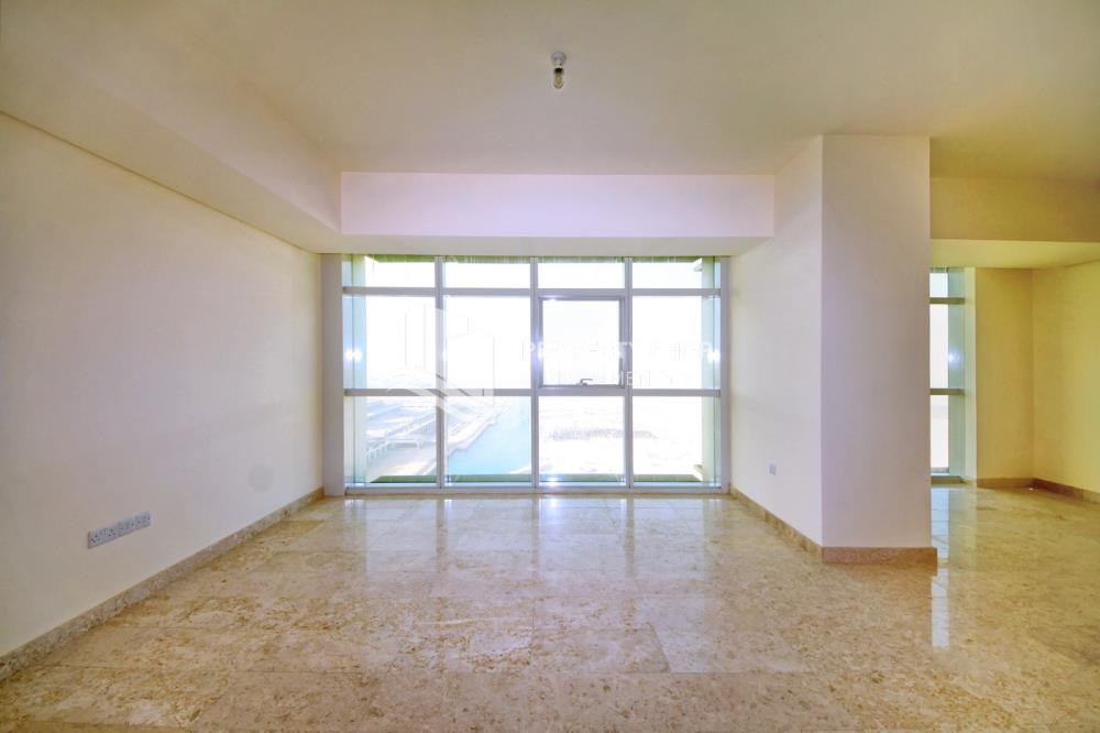 Living Room - Hot Price! High floor Apt with Rent Refund.