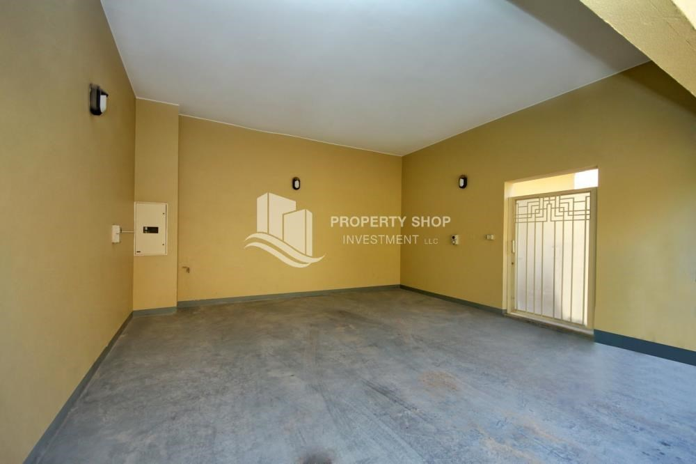 Parking - Huge 4br+Maid Townhouse with Rental Refund