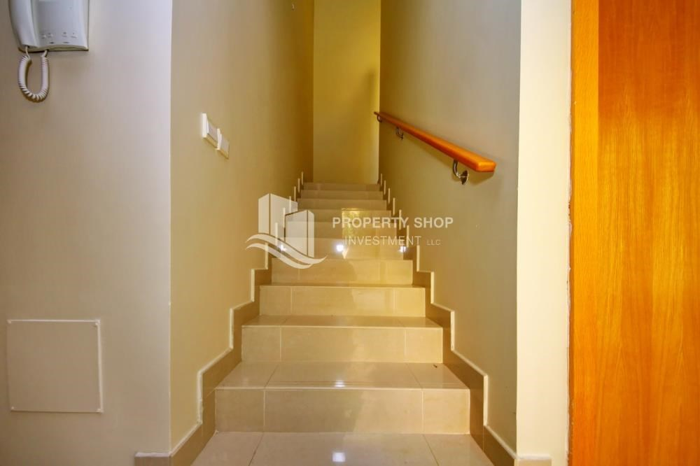 Stairs - Huge 4br+Maid Townhouse with Rental Refund