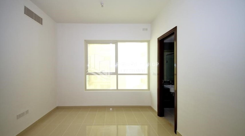 Bedroom-2 Bedroom Apartment in Burooj View, Marina Square FOR RENT!