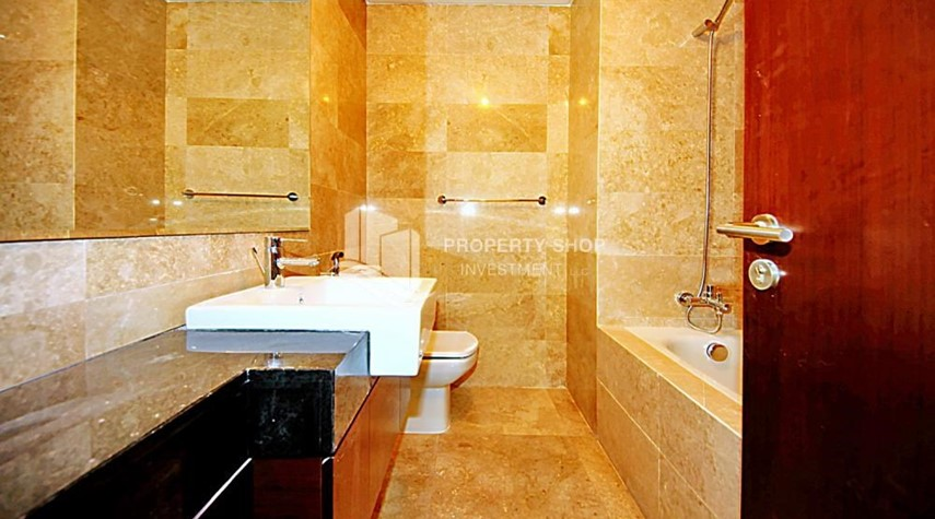 Master Bathroom-High Rise Tower, Marina Heights II, Marina Square
