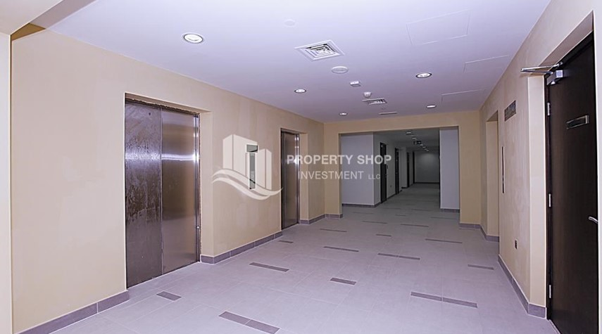 Facilities-Mid-floor 1BR unit in Marina Bay, City of Lights, for rent