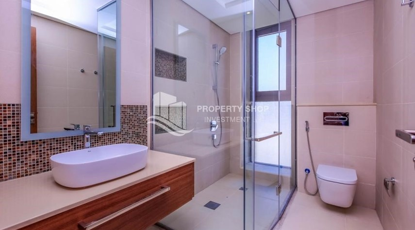 Bathroom-Live in your dream home! Own a luxurious villa in West Yas.