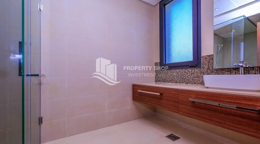 Guest Bathroom-Live in your dream home! Own a luxurious villa in West Yas.