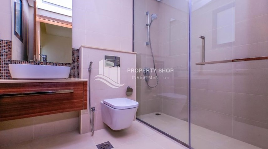 Guest Bathroom-Get a chance to own a property in an exquisite community in West Yas.