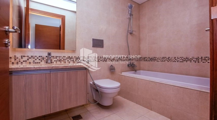 Bathroom-Low Premium with Mosque and Ferrari World view.