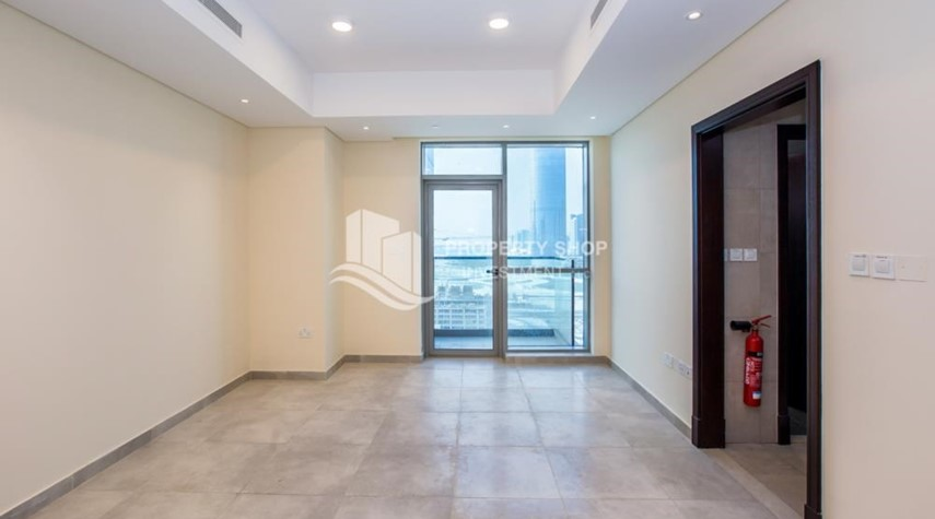 Living Room-Studio apartment available to rent in Al Noor Tower