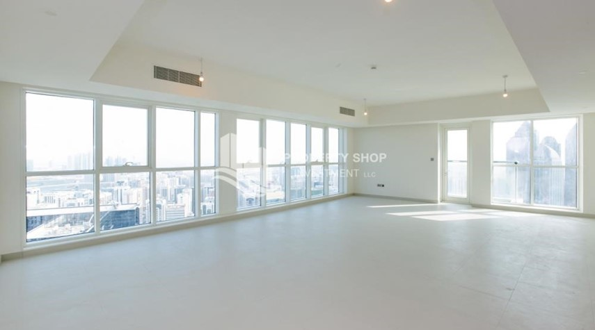 Living Room-Spacious 4BR Apt with City and Partialy sea view