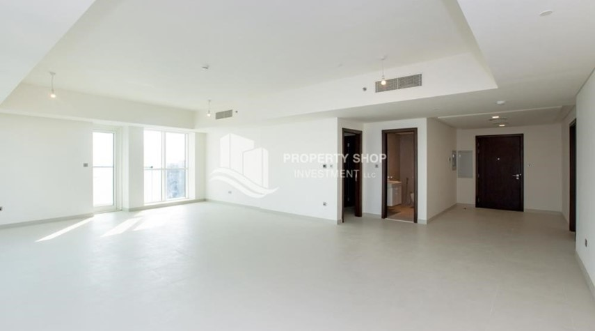Dining Room-Spacious 4BR Apt with City and Partialy sea view