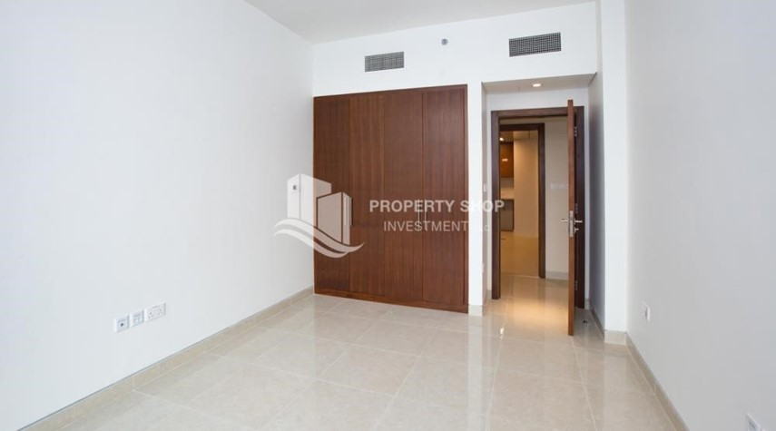 Bedroom-Brand New! 3BR For rent in Al Qurm View