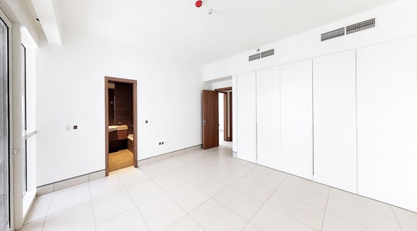 Built in Wardrobe-3br and lounge with modern and luxurious touches overlooking Al Reem Park and natural mangroves