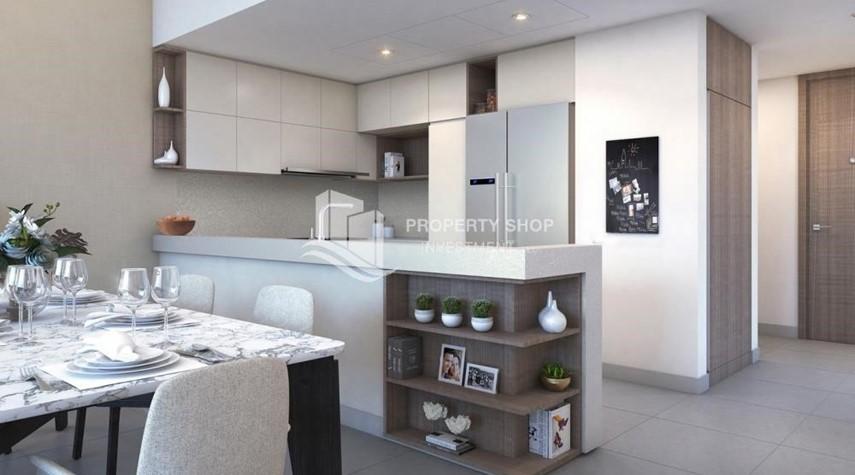 Kitchen-3BR Apt overlooking the beautiful Dubai landscape