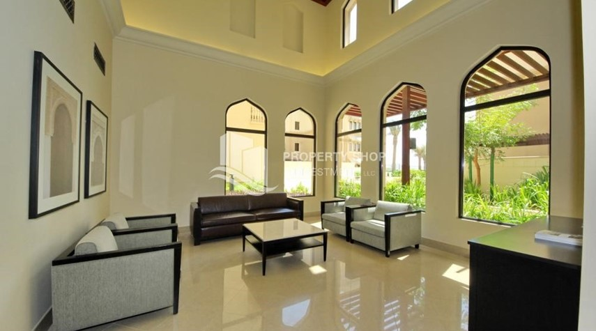 Sitting Area-1br Apartment in Saadiyat Island Ready to Move in Now!