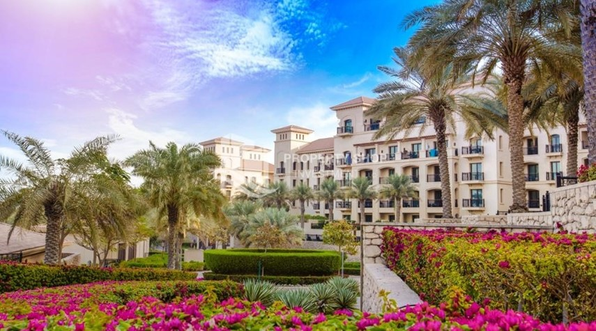 Community-1br Apartment in Saadiyat Island Ready to Move in Now!
