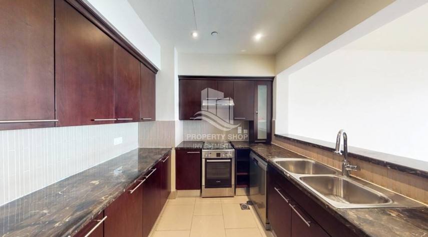Kitchen-High Floor Overlooking Community. 4 Cheuqes. Book Now