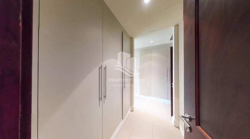 WalkIn Closet-High Floor Overlooking Community. 4 Cheuqes. Book Now