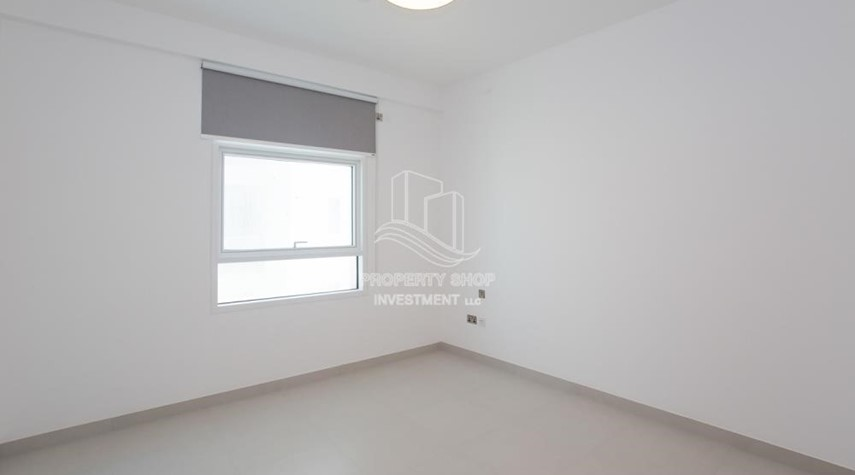 Bedroom-Spacious 1BR Apartment Available now in Parkside Residence!